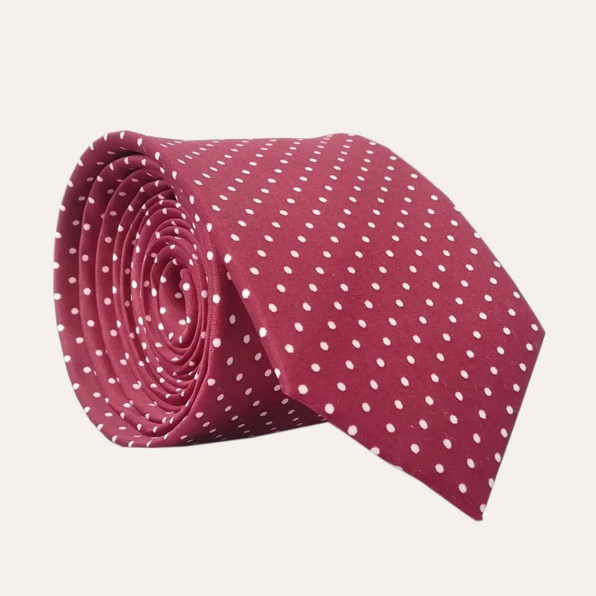 Hedvábná kravata vínová s puntíky